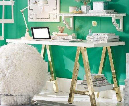 5 Simple & Modern Desks