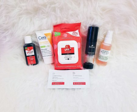 TRAVEL FAVORITES: BEAUTY PRODUCTS